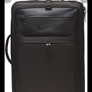 Nike travel size black departure suitcase. EUC!